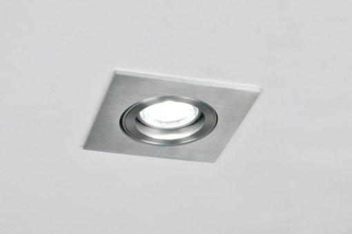 Een geschuurd aluminium inbouwspot kantelbaar 4